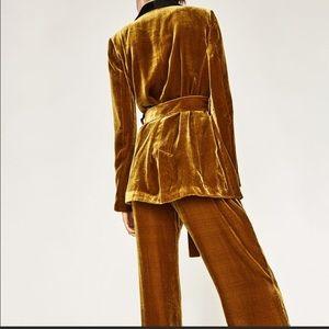 0aa50f3b Zara mustard velvet trouser suit
